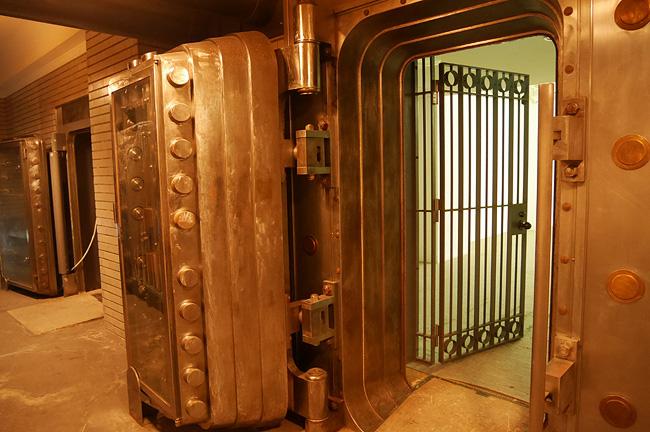 カラコロ金庫室